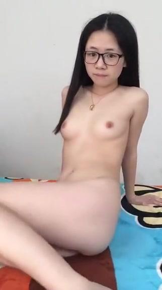 Cute Chinese junior girl's lovley masturbation part-1